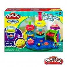 Do-choi-dat-nan-Play-Doh-tiem-banh-vui-ve-A0318-1