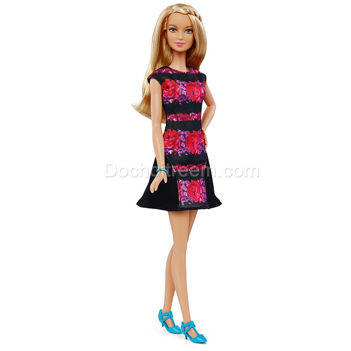 bup-be-barbie-phong-cach-thoi-tran-DGY54F-4